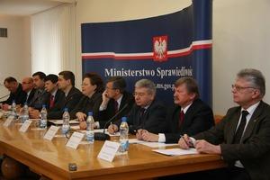 Konferencja wsiedzibie Ministerstwa Sprawiedliwości, inaugurująca Tydzień Pomocy Ofiarom Przestępstw.