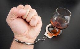 _czy-alkoholika-mozna-sklonic-do-leczenia-wwr